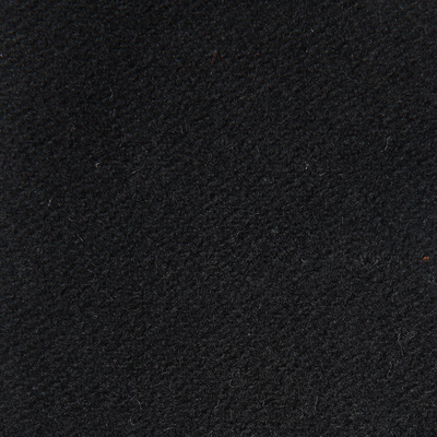 L50 fekete (70% gyapjú + 30% poliamid)